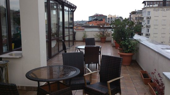 เบสท์เวสเทิร์น แอมเบอร์:                   terrasse