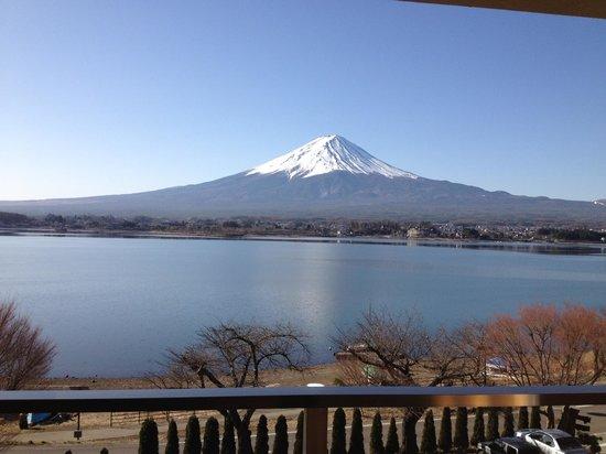 Lakeside Kawaguchiko Sunnide Resort:                   Room with a view