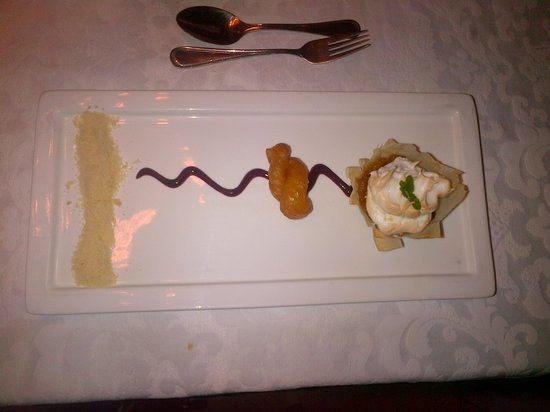 Lairds Lodge Country Estate:                   Deconstructed apple crumble