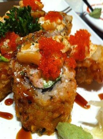 Very good sushi and nice tea akasaka japanese restaurant for Akasaka japanese cuisine