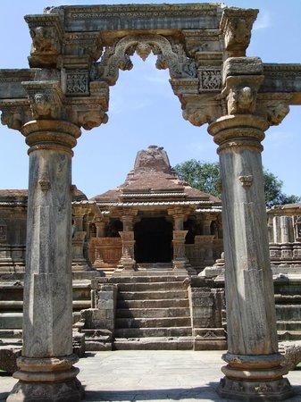 Eklingji Temple:                   Smaller of Sas Bahu temples at Nagda near Eklingji