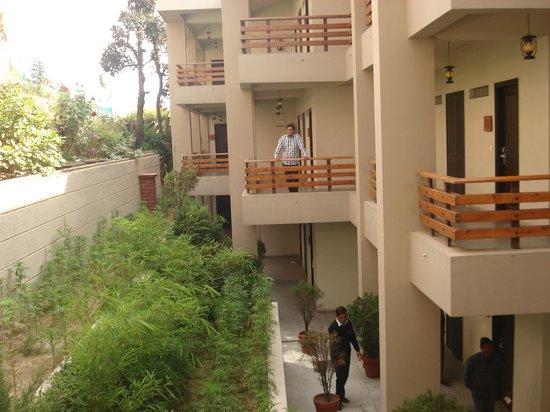 Club Mahindra Kanatal:                   outside the room