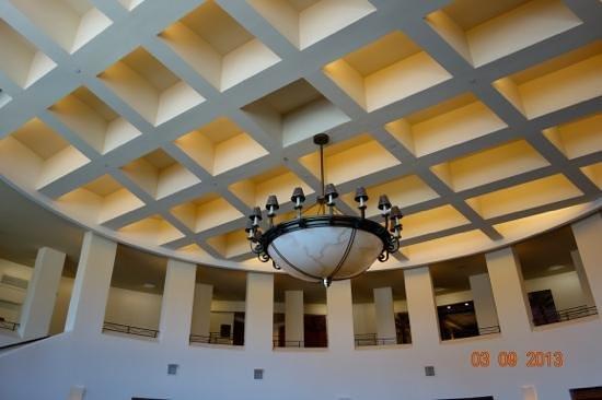Crowne Plaza Palo Alto:                                                       ceiling