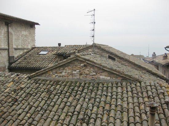 Hotel La Fortezza:                   屋根裏部屋からの眺め