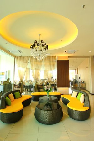 The Guest Hotel & Spa: Lobby