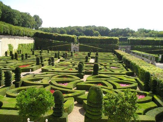 Les jardins de villandry picture of chateau de villandry for Jardin villandry