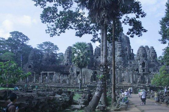 Beng Mealea:                   Замок