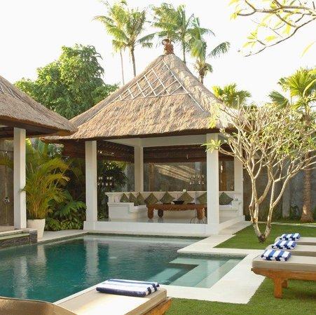 Andari Bali Villas: Sambawa pool & bale