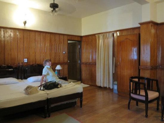 Walton's Home Stay:                   Unser großes Zimmer