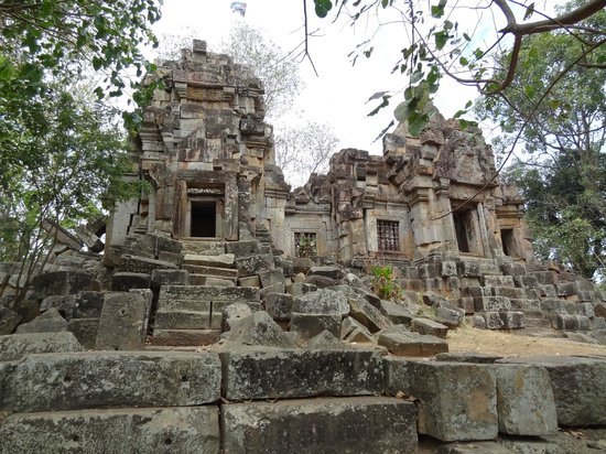 Wat Ek Phnom :                   Wat el Phnom