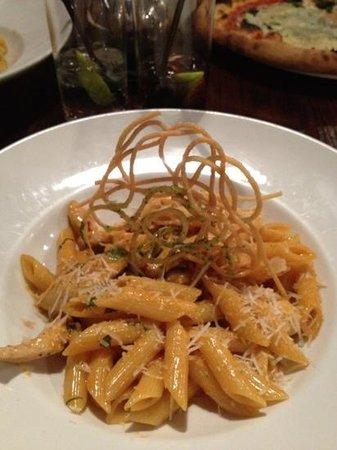 Primo Ristorante Cafe Bar:                   Chicken, pasta and chilli dish