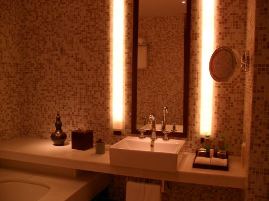 The Andaman, A Luxury Collection Resort:                   theBATHroom