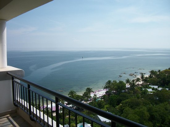 Hilton Hua Hin Resort & Spa: Balcony View 1