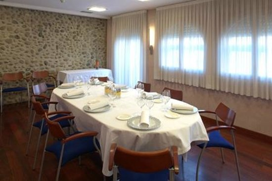Hotel Torres Manlleu: Comedor