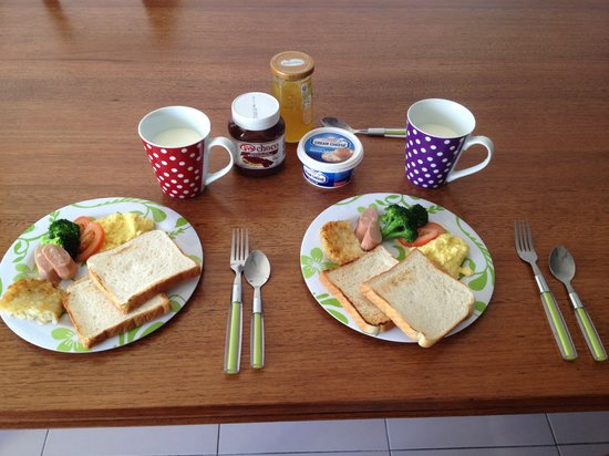 @HOME Guesthouse:                   Breakfast