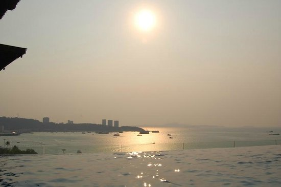 Hilton Pattaya:                   View from the pool