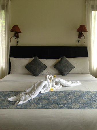 Bayu Guest House:                   Beautiful King size bed
