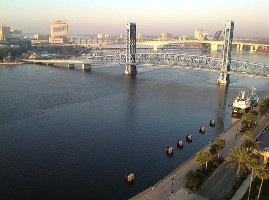 Hyatt Regency Jacksonville Riverfront:                   Morning light...
