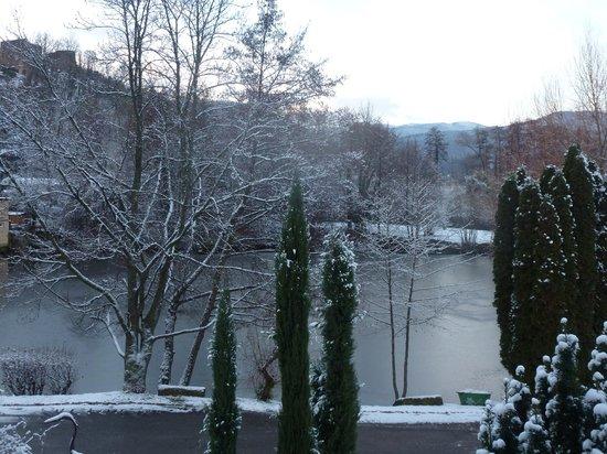 Hotel Les Rives:                   Vue sur le lac