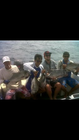 Bali Vacation Driver - Day Tours:                   fishing charter with Oky