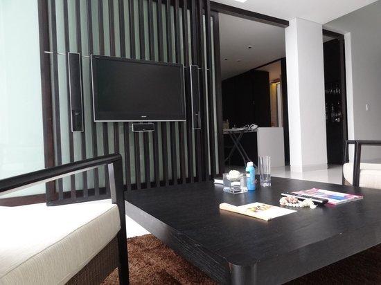 Twinpalms Phuket:                   Living room of duplex apartment