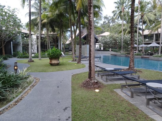 Twinpalms Phuket:                   Main pool area