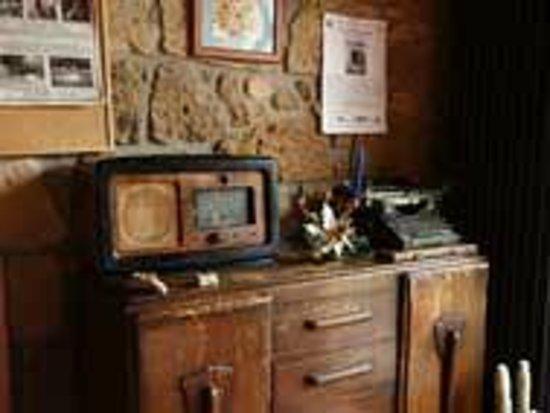 La Casa dei Carrai: old radio
