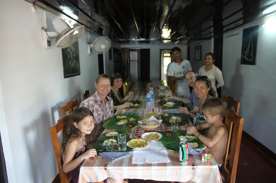 Thevercad Alleppey Homestay:                   One of many delcious meals around the long table.