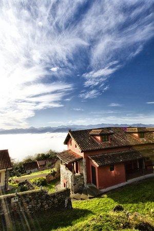 Alojamiento Rural El Navaron: El Navaron y sus vistas