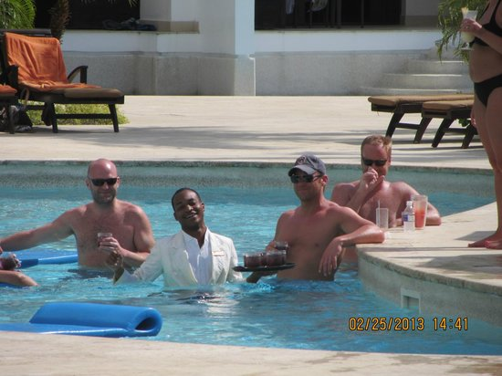 Secrets Wild Orchid Montego Bay:                   Leo serving up some fun