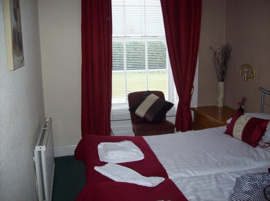 Padarn Hotel:                   our room