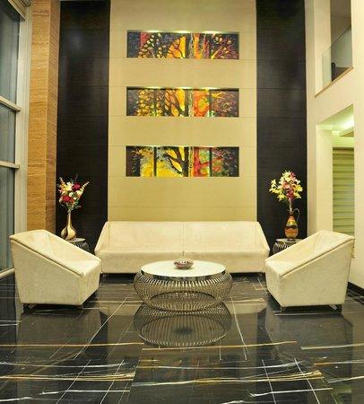 Hotel City Star: Lobby