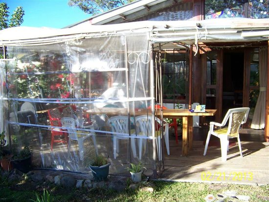 B&B Hotel La Casa Romantico:                   Back porch of BnB