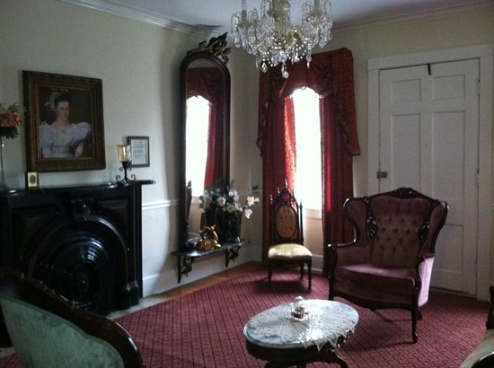 The McNutt House - Suites and Tour Home:                   Parlor
