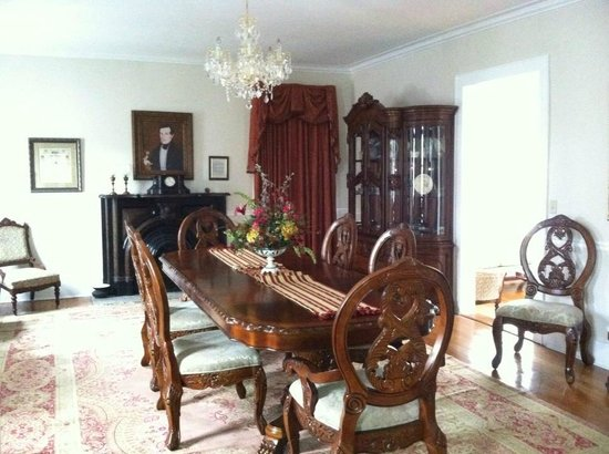 The McNutt House - Suites and Tour Home:                   Dining Room