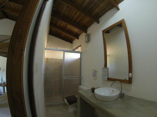 Indra Inn: Earth Bathroom