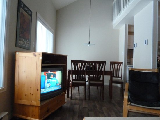 Hebergement Mont-Sainte-Anne: 2-bedroom unit