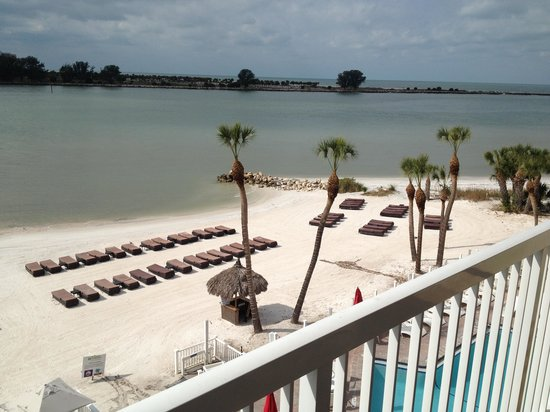 Wyndham Garden Clearwater Beach: Northern view from the balcony
