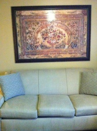 Wyndham Grand Desert :                                     painting in living area