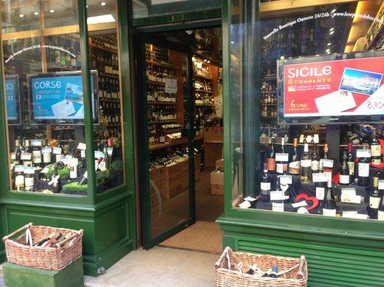La fromagerie picture of rue cler paris tripadvisor for Cler hotel paris