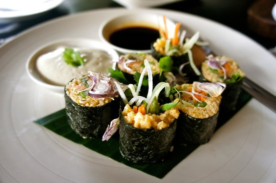 COMO Shambhala Estate:                                     raw maki rolls, so tasty