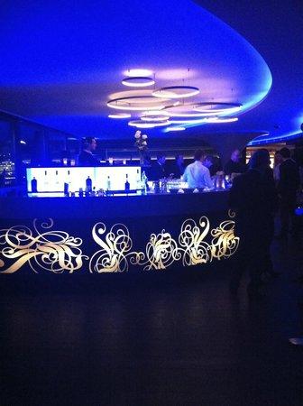 แกรนด์ โฮเต็ล เคมพินสกี เจเนวา:                   lounge Kempinski