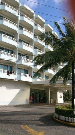 Palasia Hotel Palau:                   Exterior