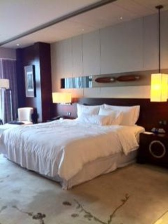 The Westin Pazhou:                   Bedroom area
