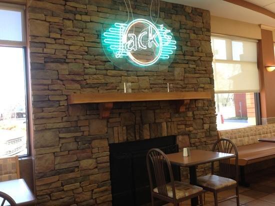 Attalla, AL:                   fireplace