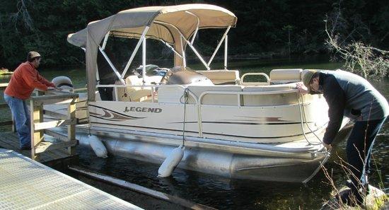 Sakinaw Lake Lodge:                   The Boat trip - great day!                 