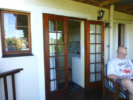 Footprints of Knysna:                   The Cabin