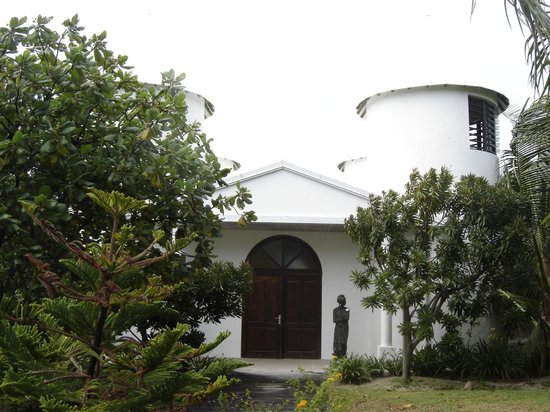 L'Escapade Island Resort: petite chapelle réservée aux mariages...
