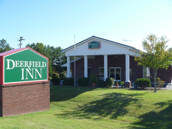 Photo of Deerfield Inn & Suites Fairview