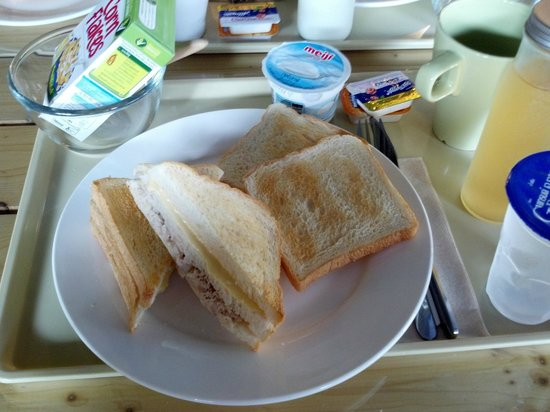 เดอะ แวร์เฮาส์ กรุงเทพ:                   Sandwich